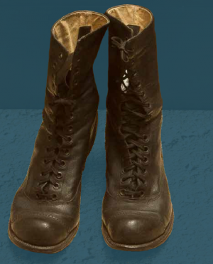 Laced boots, probably end of the 19th century.