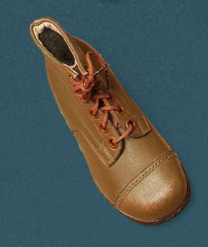 Children's laced boots. First third of the 20th century.