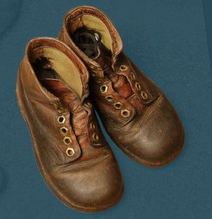 Laced children's boot, pegged construction. Mid 20th century.