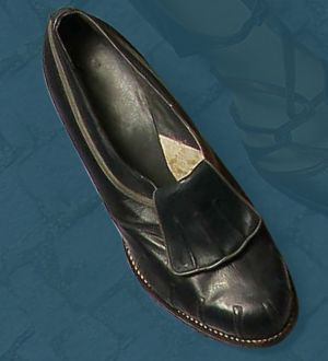 Women's sewn shoes, made in 1937.