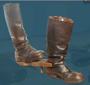Men's boot with a hobnailed heel, pegged construction. Second quarter of the 20th century.