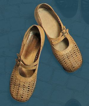 Women's shoes. Mid 20th century.