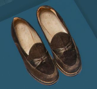 Women's suede shoes. Mid 20th century.
